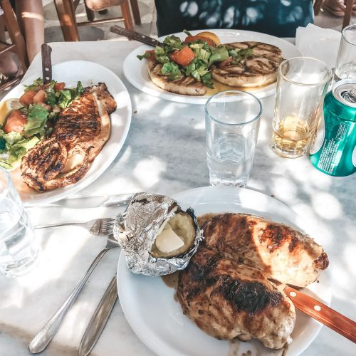 Food-Mykonos-Kikis_Taverne-Chicken